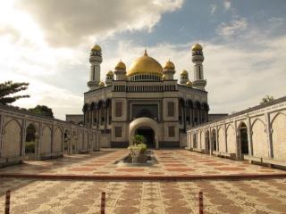 The Jame'Asr Hassanil Bolkiah Mosque