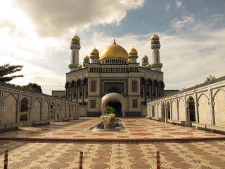 The Jame'Asr Hassanil Bolkiah Mosque